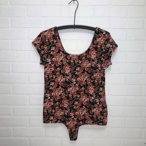 POLLY & ESTHER FLORAL THONG BODYSUIT